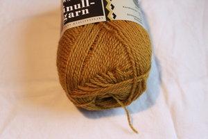 Finullgarn - gulbrun417